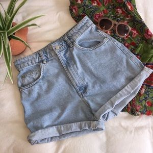 ZARA mom jean shorts